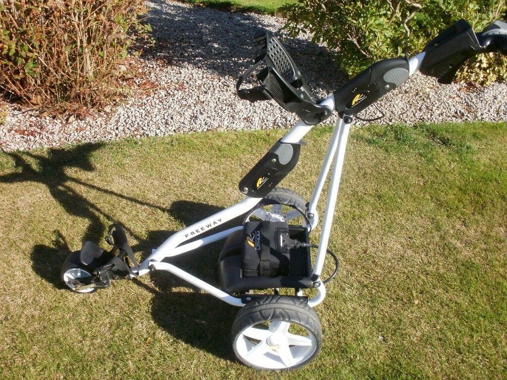 Powakaddy Freeway II digital golf trolley c/w Powakaddy lithium battery  (nearly new)   in Arbroath, Angus   Gumtree
