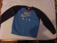 Nike Air Jumper Size M blue
