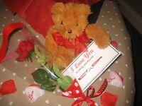 Valentine's Day Luxury Rose Gift Box for Him/HerGirlfriend/Boyfriend/Lover, Rose, Teddy,Bracelet
