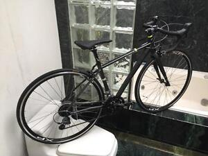 BRAND NEW (SIZES XS / XL) GARNEAU AXIS 5 ROAD BIKE - CLARIS