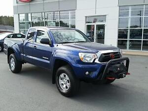 2014 Toyota Tacoma Base V6 Low Millage. Never Winter Driven.