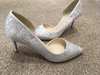 Ivory white wedding shoes - size 36/3