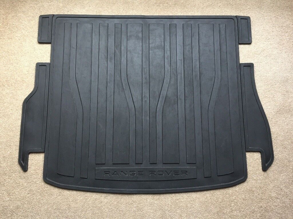 Range Rover Evoque Fitted Rubber Boot Mat