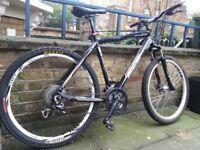 Scott sportster mountain bike black/white in good condition RRP 599