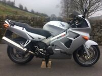 Genuine Silver Honda VFR800F Silver VFR800 F VFR 800 F 2001 only 2 owners Full Service History
