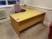 Light Kempas L-shaped office desk/table