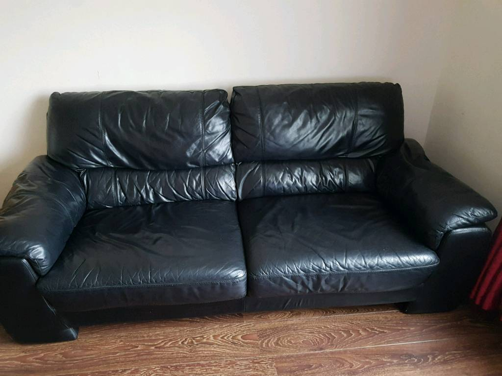 3 Seater 2 Black Leather Sofa Offers