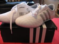 ADIDAS White / Silver Ladies Lightweight Trainers - BRAND NEW - BOXED