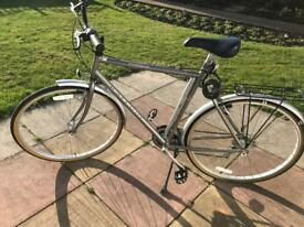 "Gents Raleigh Pioneer Classic Hybrid Bike 18"" Frame"