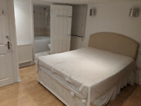 Massive Studio style King Size Room With Private Bathroom Bills £800