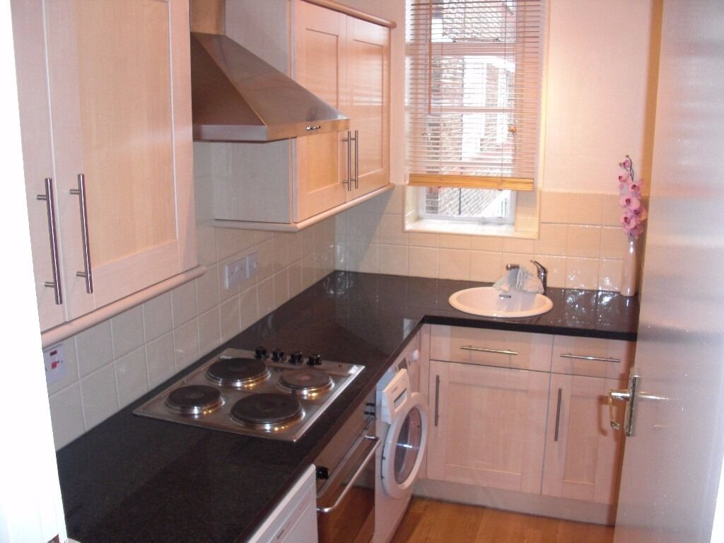 MUST SEE STREATHAM 1 BED PRIVATE PARKING GARDEN ACCESS