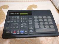 Roland R-70 Human Rhythm Composer