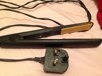 GHD Hairs traightners - Used but fully working. IN GOOD CONDITION