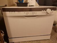 Indesit Table-top Dishwasher