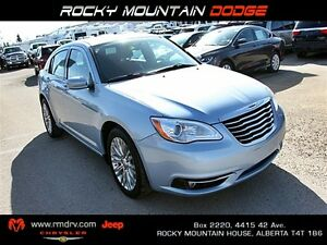 2012 Chrysler 200 Touring 4 Door Sedan FWD /Remote Start