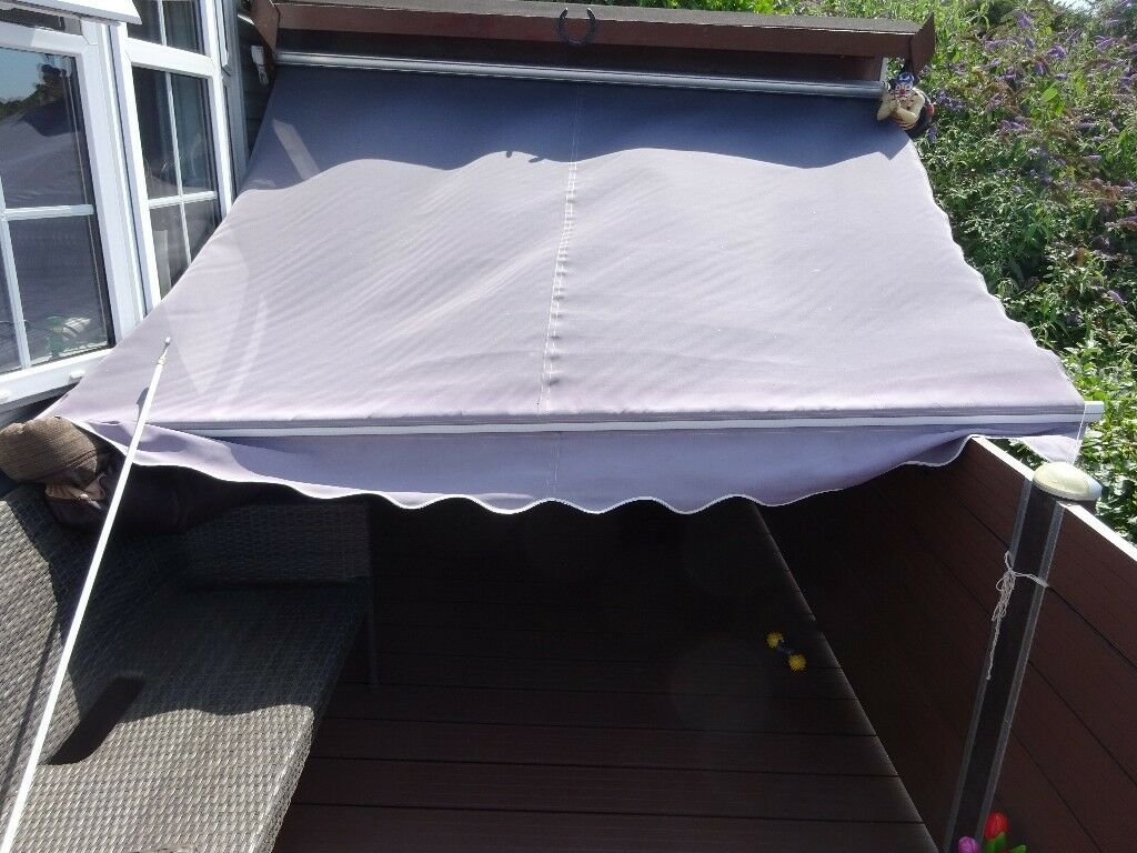 Primrose Garden Awning Grey In Good Condition In Clevedon