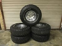 5x Tj Jeep Wrangler wheels and very good mud terrain tyres