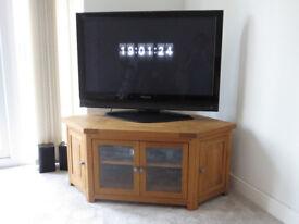 Oak Corner TV Unit - Olde Court, Manor Oak Range