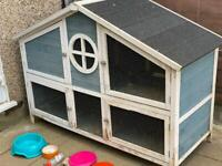 Rabbit/other animal foxglove hutch WITH ACCESSORIES