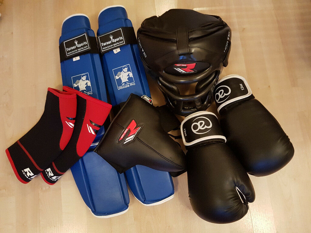 Full Kickboxing Gear Set - Boxing Gloves, Head + Shin + Groin Guard, Knee Braces