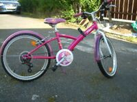 girls btwin bike in excellent condition