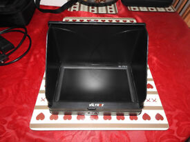 Viltrox 7 inch monitor with 2 batteries
