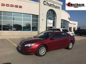 2013 Chrysler 200 LX/ ONE LOCAL OWNER / $39 WKLY