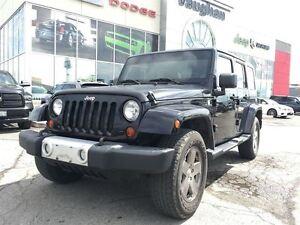 2010 Jeep Wrangler SAHARA - LEATHER - NAVIGATION- 1 OWNER