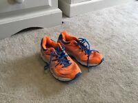ASIC running trainers