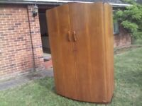 WOODEN WALNUT WARDROBE LARGE DOUBLE MID CENTURY ANTIQUE WITH KEY FROM T.M LOCKE