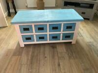 Toy box / storage unit / coffee table