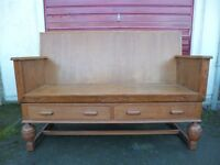 Settle/Church Pew/Bench Seat