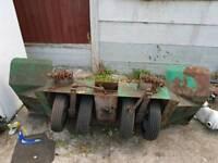 Heavy duty 4 wheel car towing dolly , not car trailer