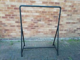 2 x hanging rails free for quick collection CH66