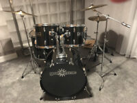 5 Piece Gear4Music Drum Set with Cymbals and Accessories