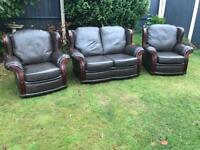 Italian leather sofa suite immaculate can deliver today