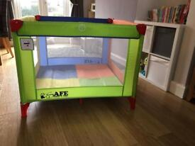 Large Travel Cot/Playpen 101cm x 101cm