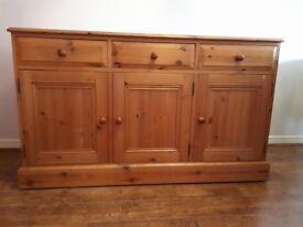 Dresser Cabinet - Large Three Doors