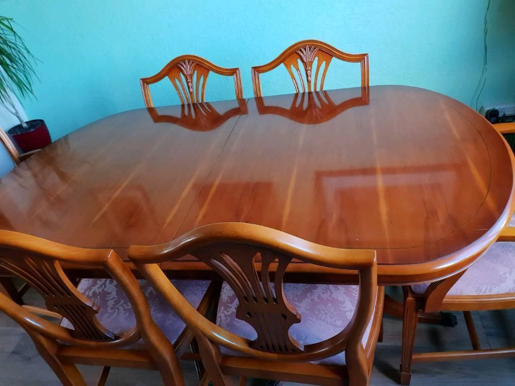 Bradleys Yew Dining Set