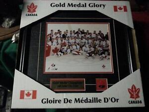 Salt lake city Olympic  team Canada hockey pitcure