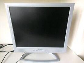 Pair of Maxdata Belinea VGA Computer PC Monitors with Stereo Speakers