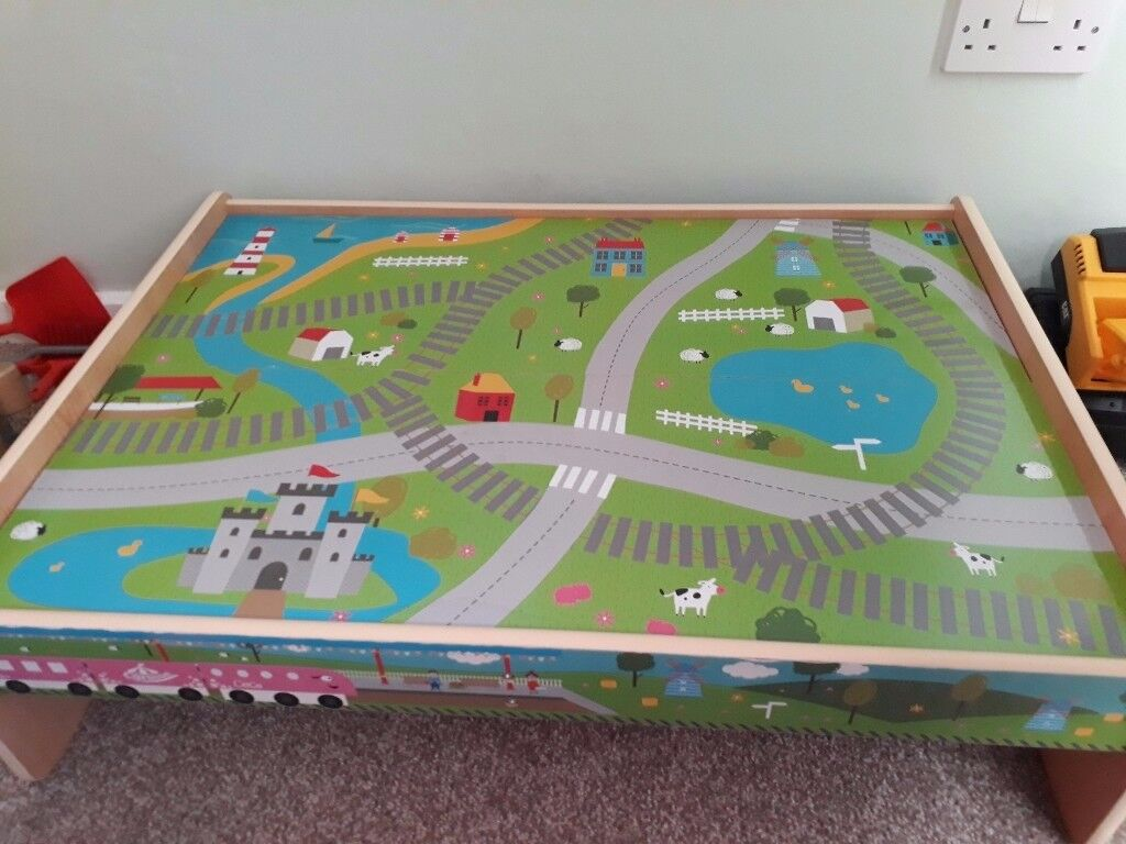 WOODEN TRAIN TABLE WITH EXTRA WOODEN TRACK & ACCESSORIES