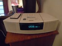 Bose Wave radio / CD / clock white ( AWRC3G model) great sound perfect working order exc condition