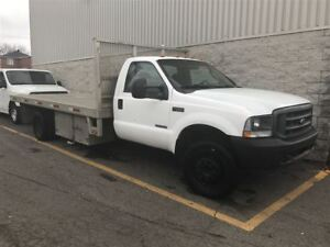 2003 Ford F-550 CHASSIS CAB XLT Flatbed DIESEL ! BEST DEAL IN TO