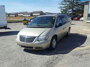 2005 Chrysler Town & Country Touring - SOLD