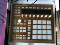 NI Maschine 2 Gold Limited edition