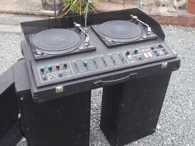 twin turntable Disco unit and speakers 1980s man cave