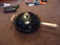 Ken Hom large wok with lid