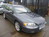 Volvo V70 D5 SE E4,2400 cc Estate,full MOT,half leather interior,dog guard,runs and drives very well