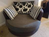 Large spinning lounge chair